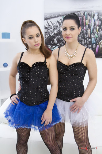 LegalPorno.com - Jenny Glam & Alex - Big butt sluts Jenny Glam & Alex anal foursome (DP & gapes) SZ739