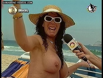 Argentina showgirl Moria Casan naked at the beach